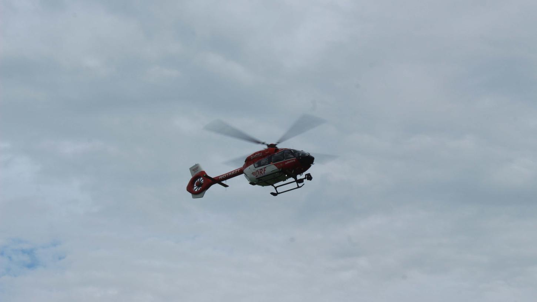 Eine Elfjährige musste nach einem Badeunfall am Brombachsee mit dem Rettungshubschrauber ins Nürnberger Südklinikum geflogen werden.