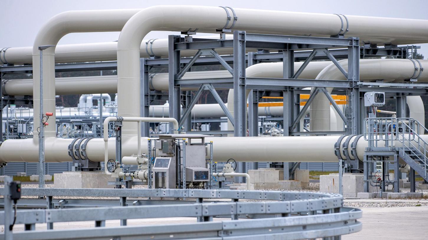 Rohrsysteme und Absperrvorrichtungen in der Gasanlandestation von Nord Stream 2.