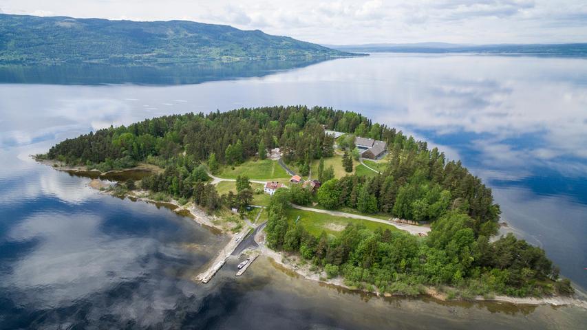 Zehn Jahre ist es her, dass der norwegische Terrorist Anders Behring Breivik in Oslo und auf der Insel Utøya insgesamt 77 Menschen tötete.
