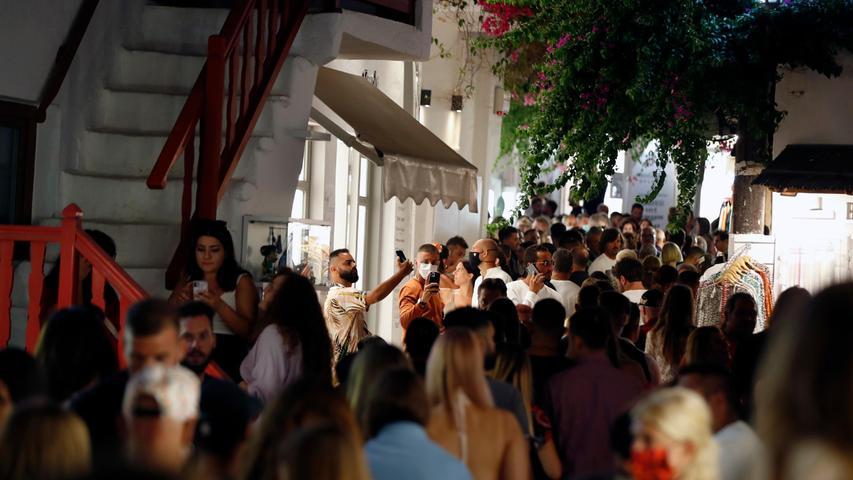 Party auf Mykonos - und das Coronavirus feierte mit.