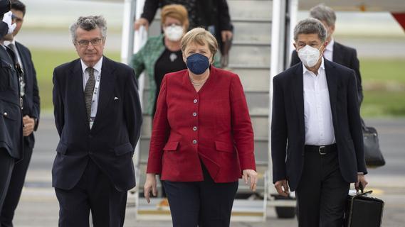 Impfgipfel? Coronagipfel? G7-Gipfel? Politik, beib mal am Boden!