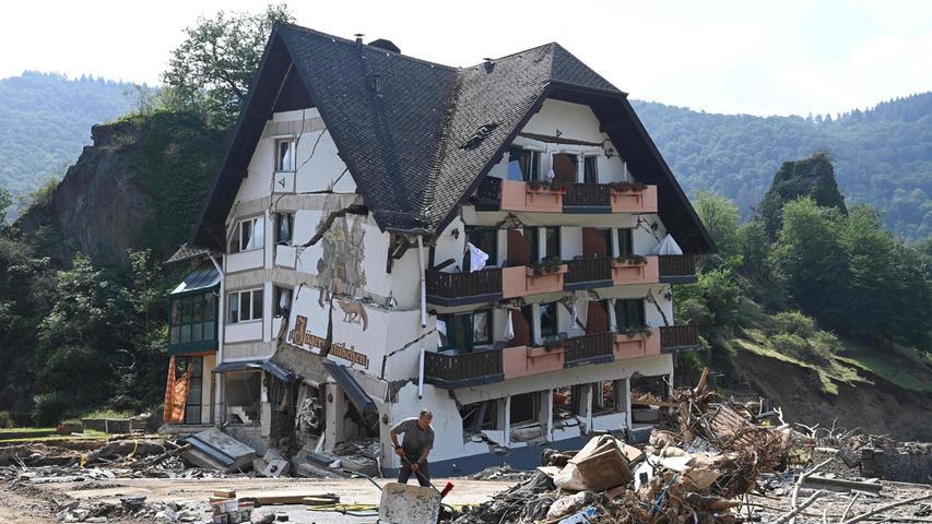 Spur der Verwüstung: Das Hochwasser hat aus dem Ort Ahrweiler eine Trümmerwüste gemacht.