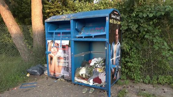 Frau stirbt in Altkleidercontainer - wird sie obduziert?