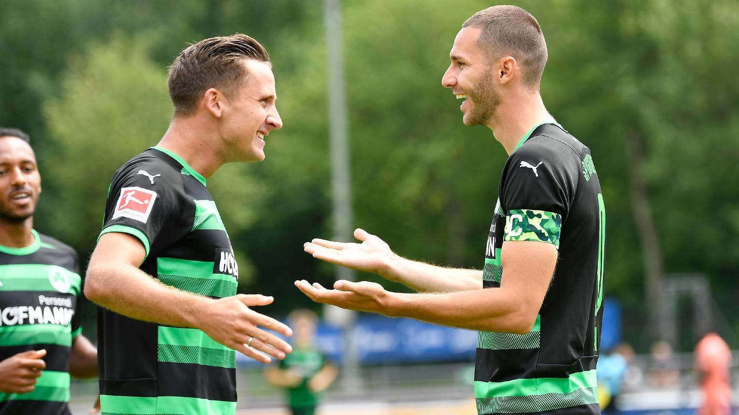 Blitzstart: Branimir Hrgota (rechts) traf bereits nach zwei Minuten für die Fürther.