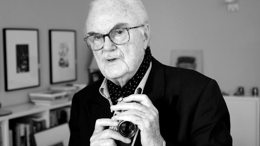 Der Fotograf und Sammler F.C. Gundlach ist tot. Er starb im Alter von 95 Jahren in Hamburg, wie eine Sprecherin der Elbschloss Residenz, wo Gundlach zuletzt lebte, am Sonntag bestätigte.