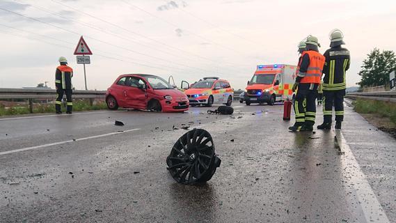 Vier Verletzte bei Unfall auf der B466 bei Gunzenhausen