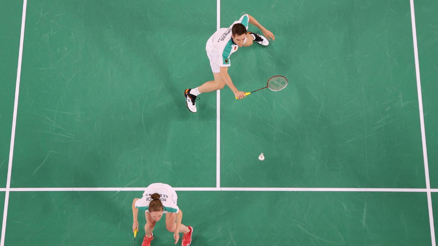 Lieferten ein spannendes Dreisatz-Match ab, schafften am Ende aber doch nicht den Einzug ins Viertelfinale: das Badminton-Doppel Mark Lamsfuß (oben) und Isabel Herttrich.