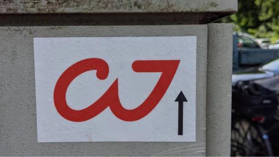 Was bedeutet dieses mysteriöse Zeichen in Nürnberg? Polizei und Stadt stehen vor Rätsel