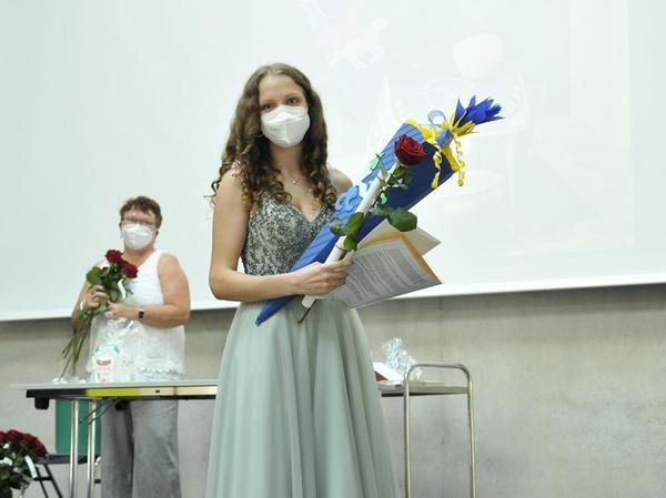 Strahlend: Annika Halbmeyer wurde für herausragende Leistungen geehrt.
