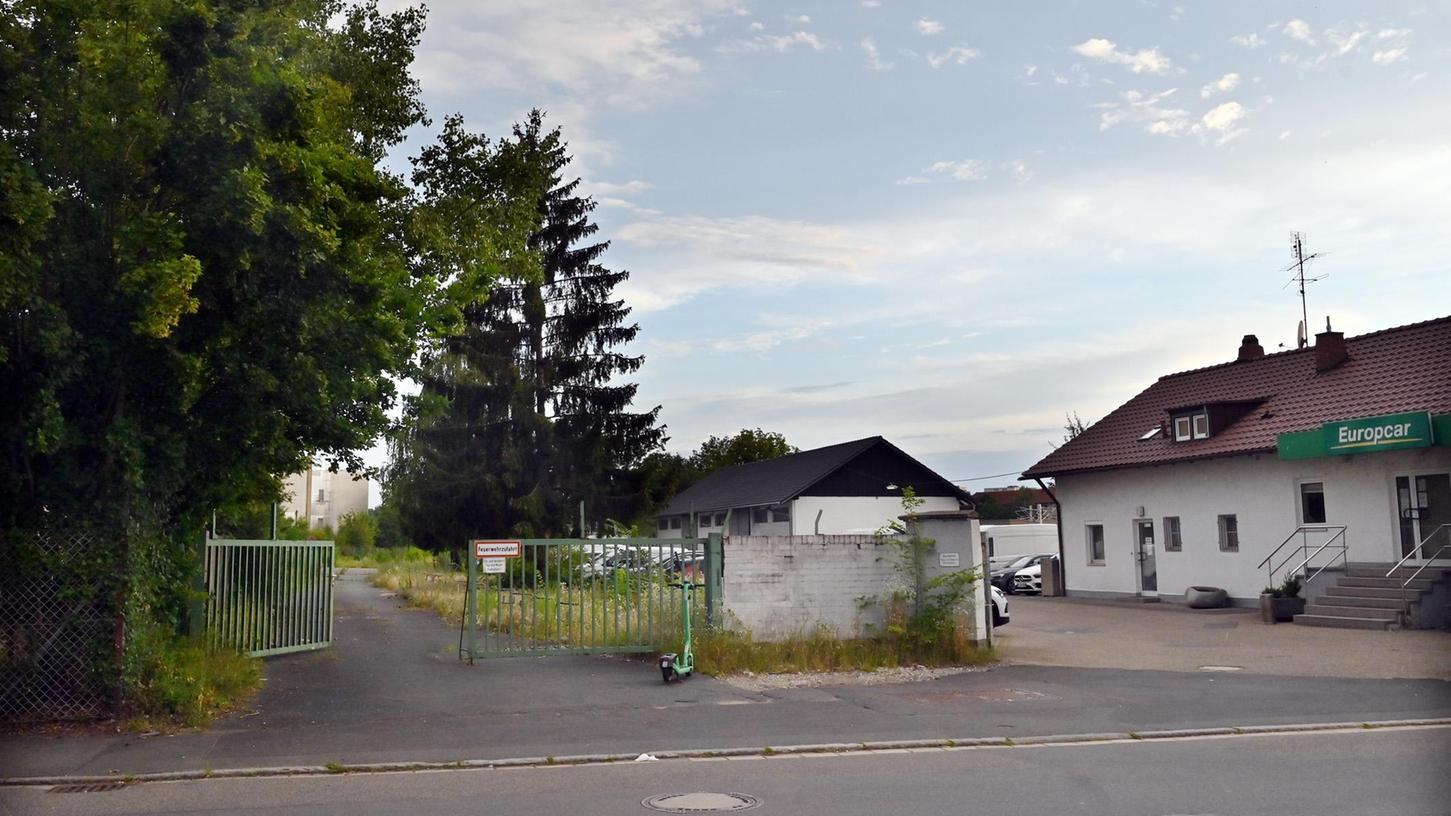Die Firma Kempe hat dem THW ein 6.735 Quadratmeter großes Grundstück auf Erbpacht überlassen.