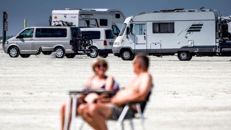 Ein Wohnmobil verspricht höchste Flexibilität in einer Urlaubssaison, die von Begriffen wie Hochinzidenzgebiet und Virusvariantengebiet durchgeschüttelt wird. Doch selbst ein Camping-Urlaub hat keine Leichtigkeit mehr.