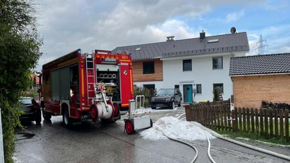 Gewitter-Superzelle: Hagellawine sprengt Kellertür in Königsdorf auf
