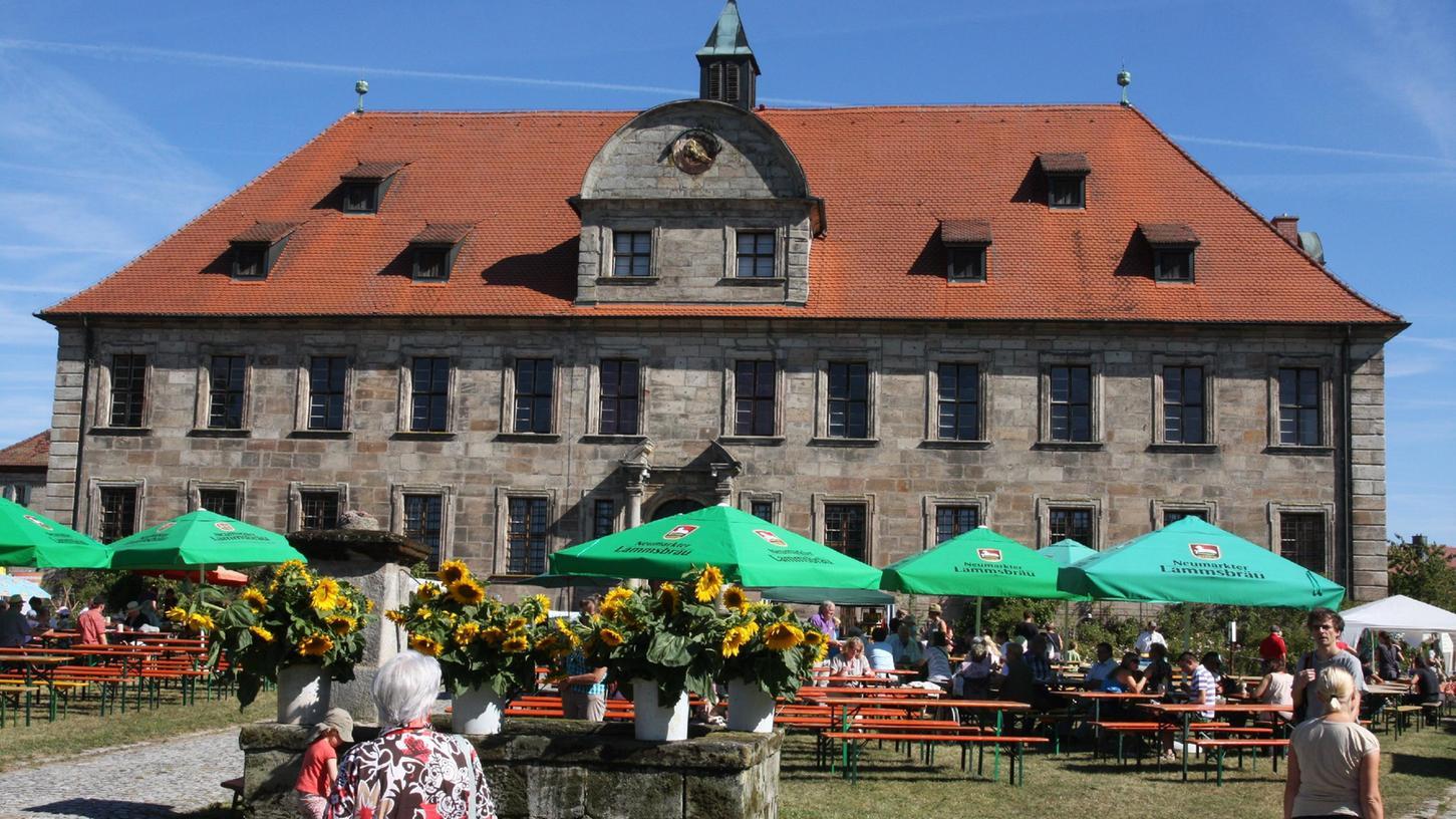 Schloss Hemhofen wird genauer unter die Lupe genommen