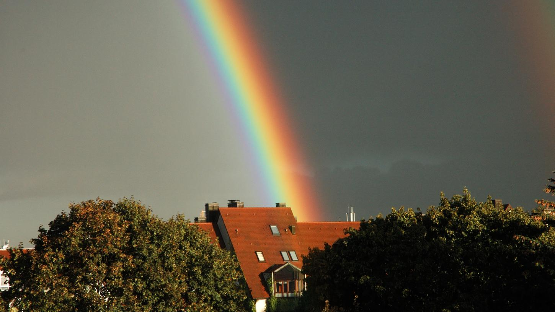 Nach dem Regen spitzt am Mittwoch die Sonne durch. Mancherorts dürften Regenbogen zu bestaunen sein.