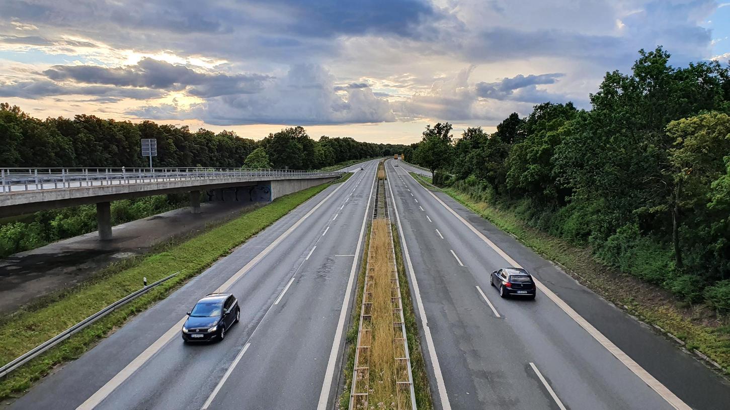 Die Südwesttangente ist keine Autobahn - und kostet die Städte Nürnberg und Fürth deshalb Millionen Euro.