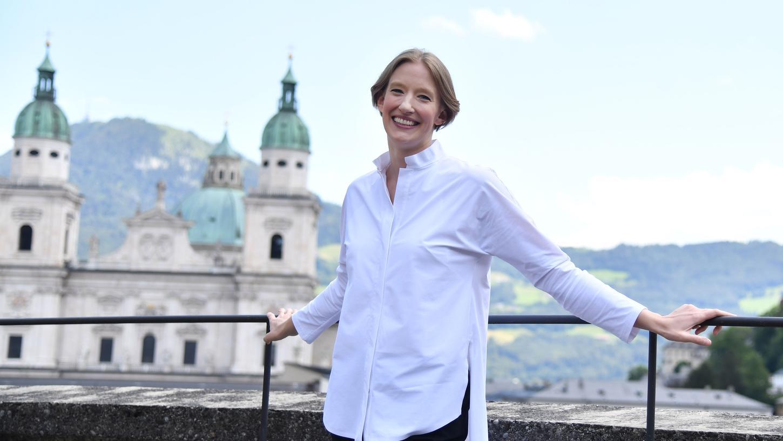 Den Olymp der klassischen Musikkultur in Europa hat Joana Mallwitz schon erreicht: Letztes Jahr leitete sie bei den Salzburger Festspielenals erste Frau überhaupt die Opernaufführungen von