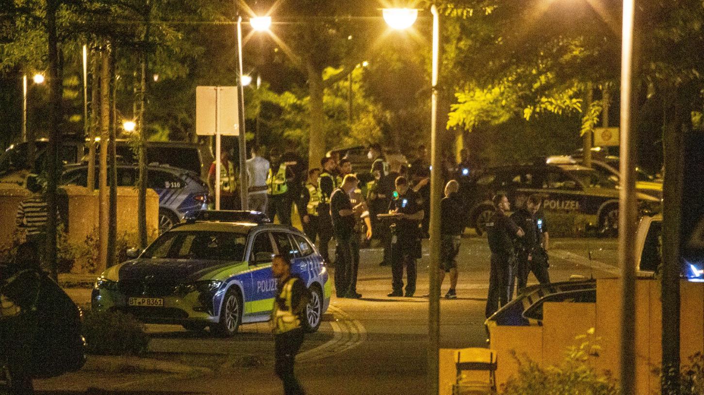 Zu einem Polizeieinsatz kam es in der Nacht zum Mittwochim Ankerzentrum in Bamberg.