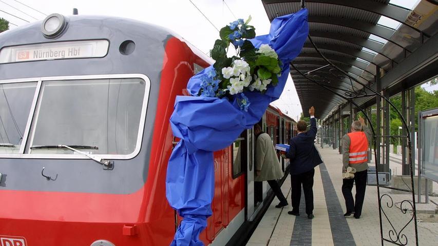 Freie Fahrt für die S-Bahn Roth-Nürnberg. Gestartet war sie vor zwei Jahrzehnten noch als S3. Inzwischen verkehrt sie als S2 zwischen Roth und Altdorf.