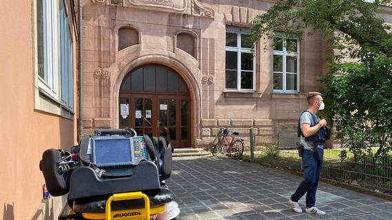 Nach SEK-Einsatz: Nürnberger Schule arbeitet Vorfall auf