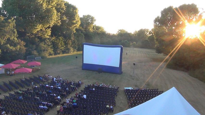 Picknick und Kino gucken: Der Marienbergpark, einer der beliebtesten Spielorte des Festivals,bietet dafür beste Voraussetzungen.