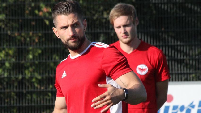 Trainerduo: Christian Schlund (rechts) hielt sich bislang mehr im Hintergrund, coacht die DJK Stopfenheim ab sofort aber gemeinsam mit Tobias Weickmann (links).