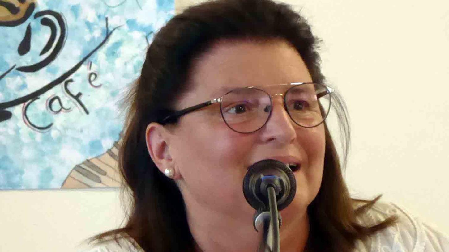 Sabine Herderich wurde einstimmig im Amt der 1. Vorsitzenden des Caritas-Kreisverbandes bestätigt.