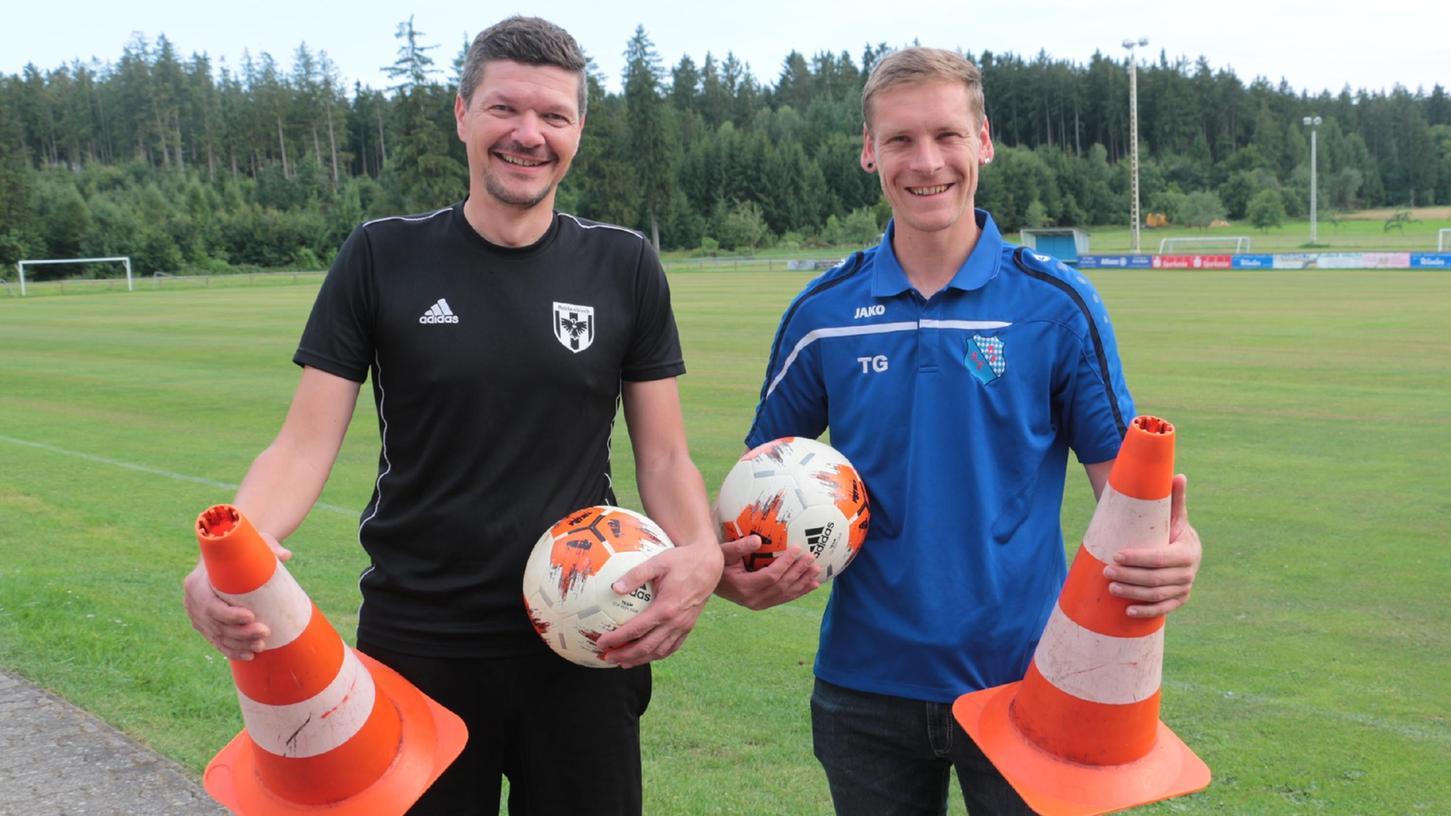 Das Trainerduo der neuen SG Raitenbuch/Burgsalach: Hans-Peter Hoh (links) und Tobias Gungl sehen die Zusammenführung der Teams auf einem guten Weg.