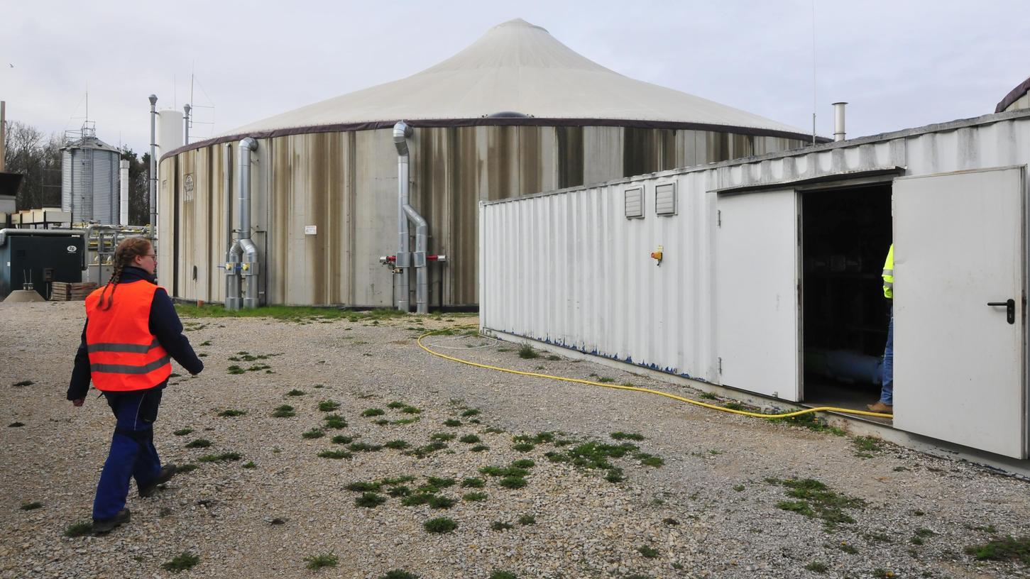 Wird die Geruchsbelästigung mit dem neuen Besitzer besser? Die Biogasanlage bei Eggolsheim.