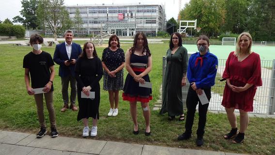 Erich Kästner Mittelschule ist stolz auf ihre Abgänger