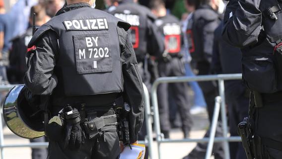 Ex-Polizeichef aus Franken besorgt über Extremismus in der Polizei