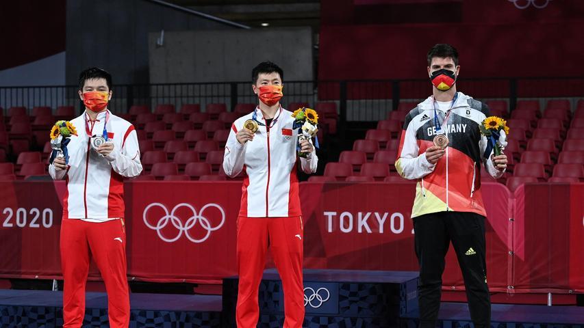 Wie schon im Halbfinale gegen Ma Long gingDimitrij Ovtcharov auch im kleinen Finale gegenLin Yun-Ju aus Taiwan über die volle Distanz von sieben Sätzen. Diesmal hatte der Deutsche jedoch das bessere Ende für sich. Bronze!