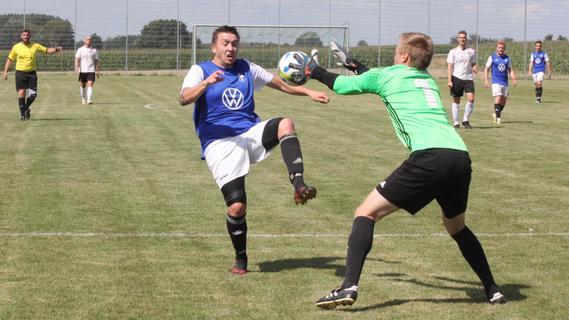 FCN gegen FCA: Die Bilder vom torreichen Auftaktspiel der Kreisklasse-West