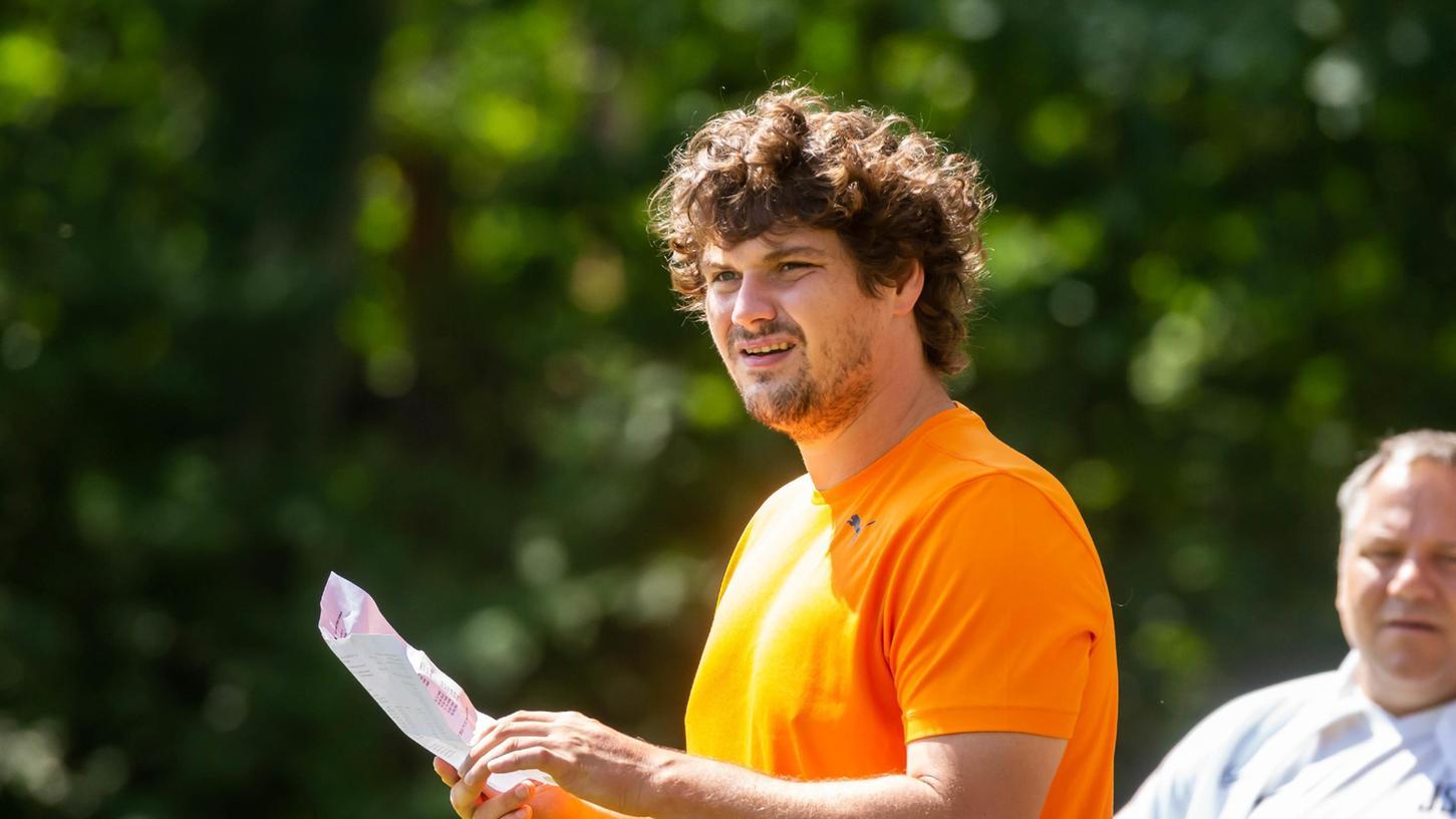 Sieht seine Mannschaft auf einem guten Weg:Bastian Rückel, derTrainer derSG Tuchenbach/Puschendorf