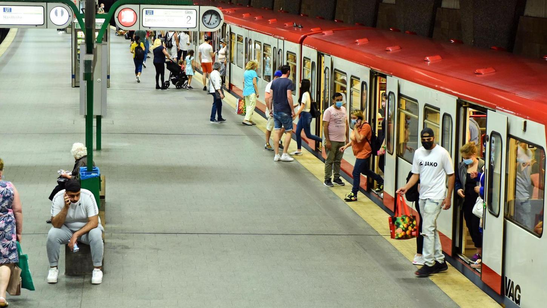 Die U-Bahn ist für Fürth ein wichtiges Verkehrsmittel. Doch durch die Sanierung der Haltestelle Muggenof holpert es zurzeit.
