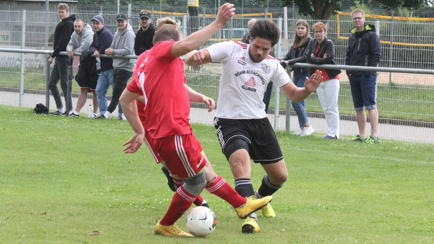 Auftakt in der Fußball-Kreisliga West: Mit dem TSV 1860 Weißenburg II und der TSV Absberg trafen am ersten Spieltag zwei Vereine aus dem Landkreis Weißenburg-Gunzenhausen aufeinander. Die Gäste gingen mit einem 1:0-Erfolg als knapper Sieger vom Feld.