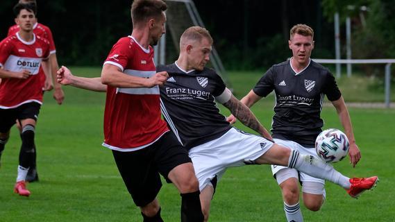 Woffenbach kontra Weißenburg: Wilde Jagd mit neun Treffern