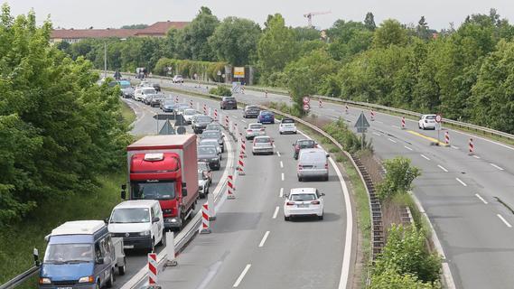 Fahrbahnbelag wird erneuert: A73 bei Nürnberg weiter gesperrt