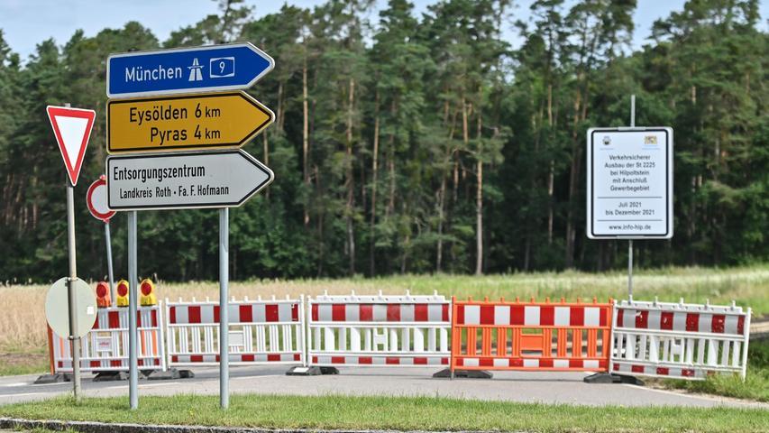 Was die daher nötige Umleitung über Mindorf und Pyras angeht: Sie scheint zu funktionieren.