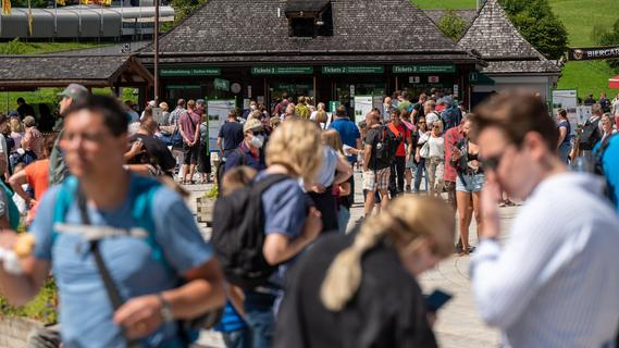 Corona: Vier bayerische Landkreise unter den fünf deutschen Hotspots