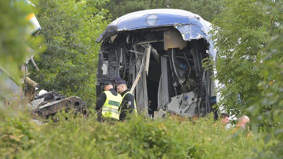 Tote bei Zugunglück in Tschechien: Auch Retter aus der Oberpfalz im Einsatz