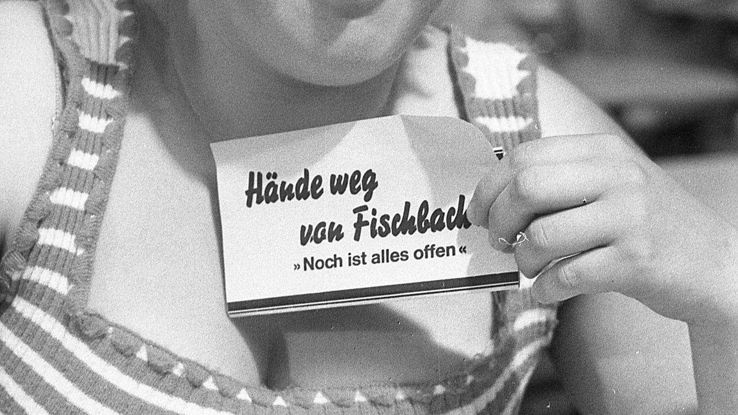 Auch sie wirbt für Fischbachs Selbständigkeit.