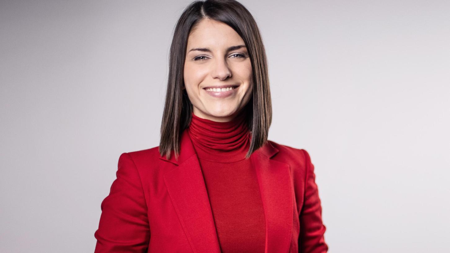 Die gebürtigeNürnbergerinSandra Rieß wird künftig die Sternstundengala statt Sabine Sauer moderieren.