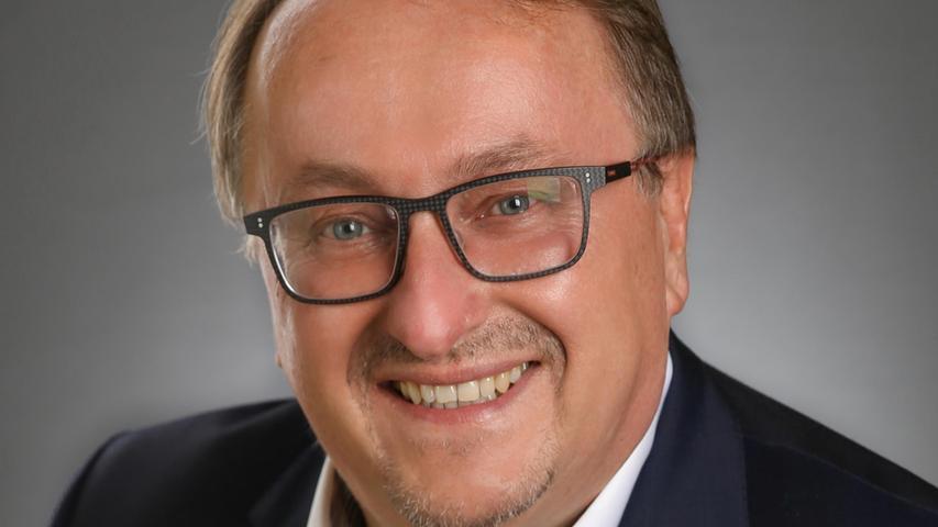 Manfred Hümmer.
