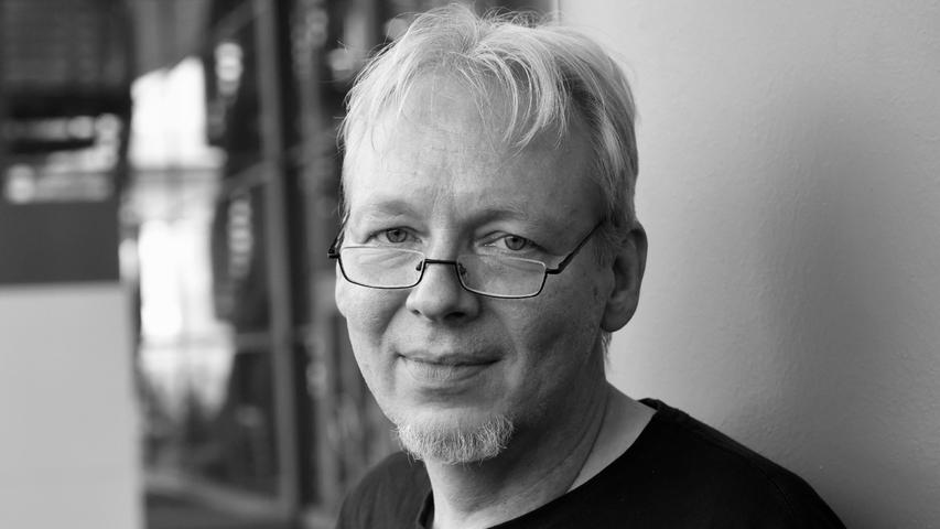 Der Cartoonist Martin Perscheid ist in der Nacht zum 31. Juli 2021 nach langem Kampf gegen den Krebsim Alter von 55 Jahren gestorben.
