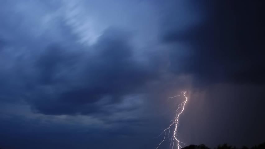 Amtliche Warnung vor starkem Gewitter in Nürnberg und weiteren Teilen Frankens