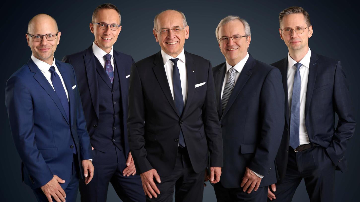 Volks-/Raiffeisenbanker unter sich (v.l.):Alexander Brehm, Joachim Hausner, Gregor Scheller, Rainer Lang, Stefan Benecke.