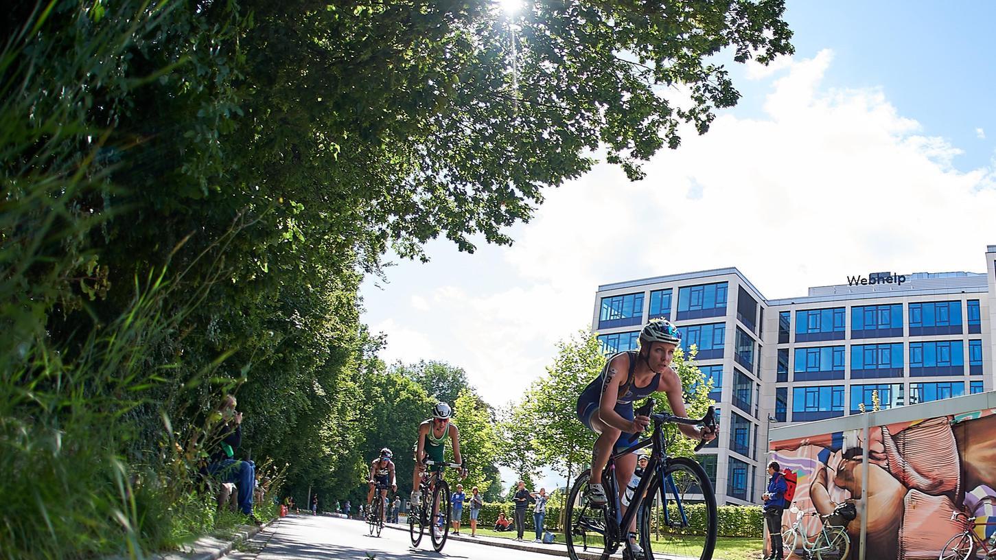 Vom Wöhrder See bis in die Altstadt: Der Sonntag stand in Nürnberg ganz im Zeichen des Triathlons.