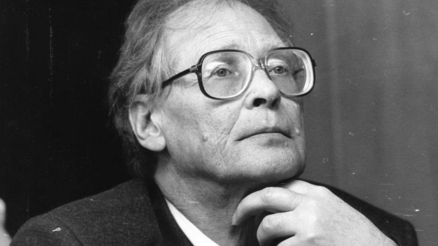 Der Sacharow-Preisträger Sergej Kowaljow ist tot. Der erste Träger des Internationalen Nürnberger Menschenrechtspreises starb im Alter von 91 Jahren, wie die Stadt Nürnberg am Montagabend mitteilte.
