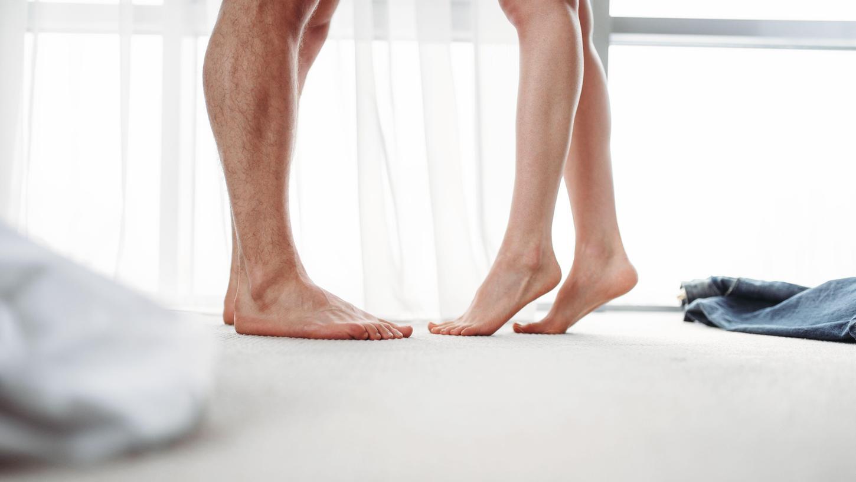 Sexualwissenschaftler nähern sich dem Thema auf unterschiedliche Art und Weise. Manchesetzen Fragebögen ein, was nicht ganz unproblematisch ist.