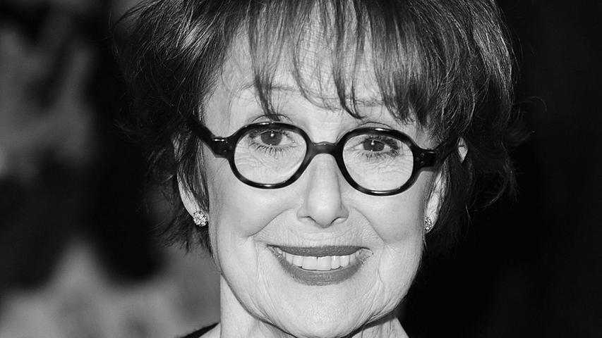Una Stubbs, Schauspielerin aus Großbritannien, die durch ihre Rollen in Fernsehserien wie Worzel Gummidge, Till Death Us Do Part, Sherlock und EastEnders bekannt wurde, ist im Alter von 84 Jahren gestorben.© Ian We
